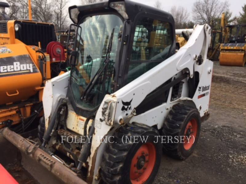 BOBCAT KOMPAKTLADER S590 equipment  photo 1