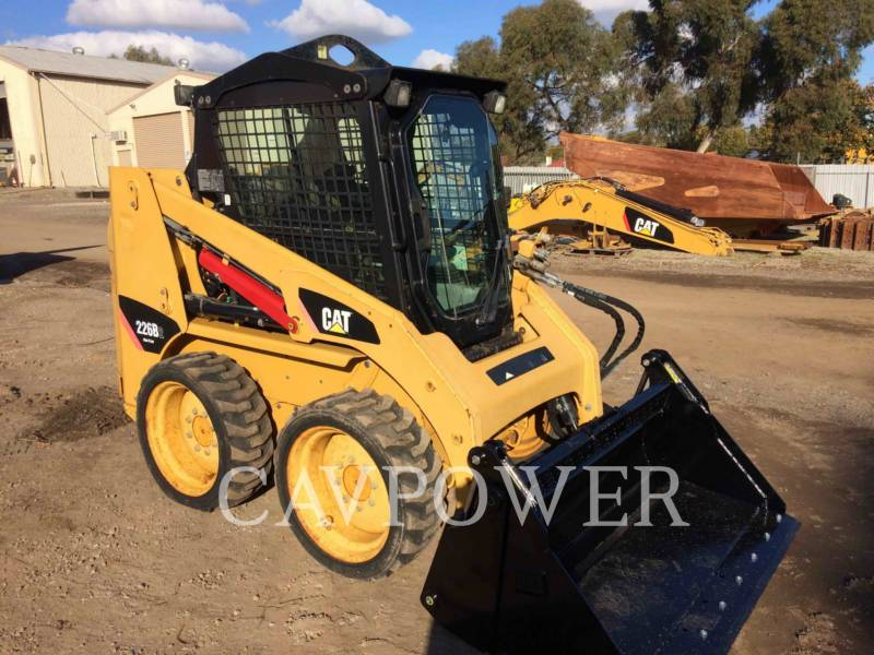 CATERPILLAR MINICARGADORAS 226B2 equipment  photo 2
