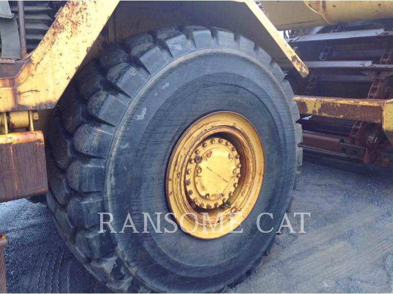 CATERPILLAR MOTOESCREPAS 615CII equipment  photo 12