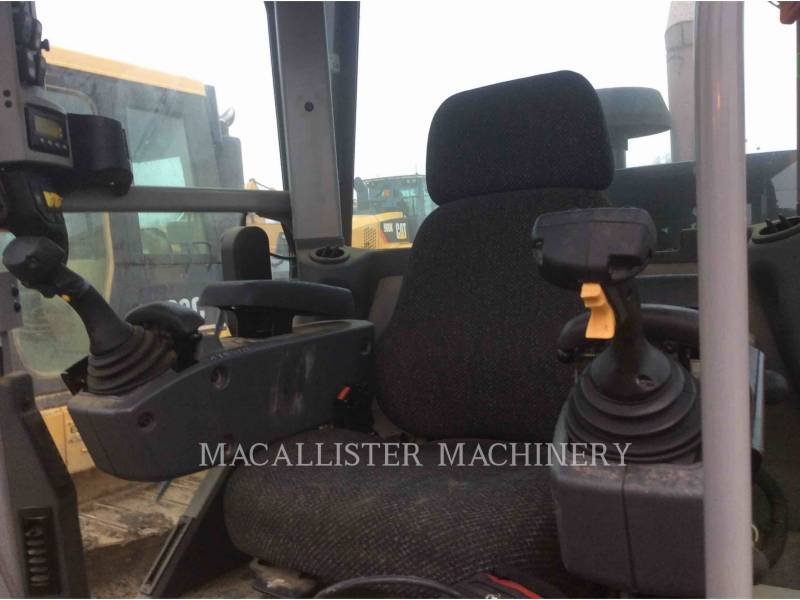CATERPILLAR MOTOR GRADERS 140M equipment  photo 19