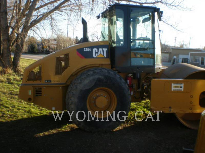 CATERPILLAR COLD PLANERS CS64 equipment  photo 10