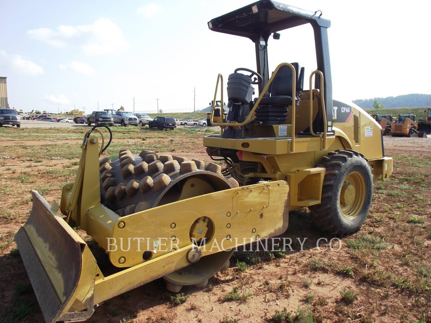 Detail photo of 2011 Caterpillar CP44 from Construction Equipment Guide