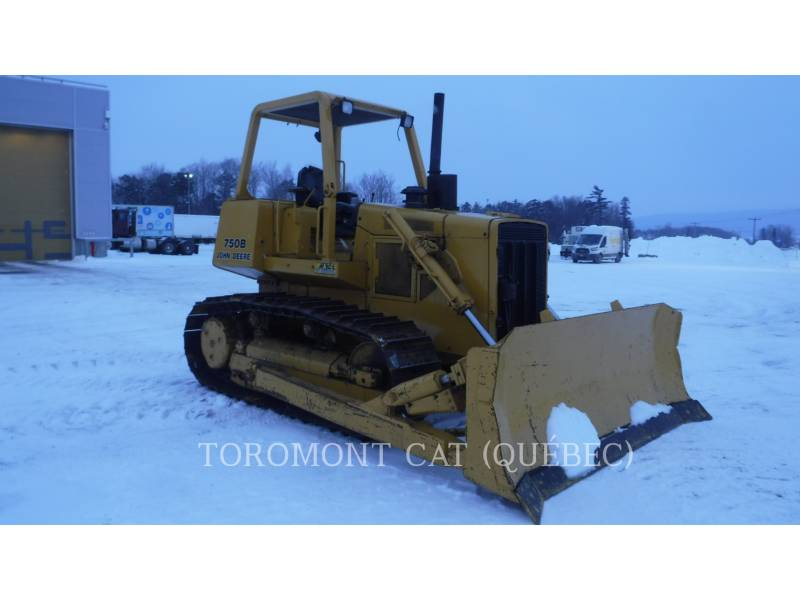 JOHN DEERE TRACK TYPE TRACTORS 750B equipment  photo 2
