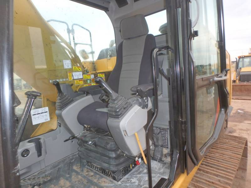 CATERPILLAR TRACK EXCAVATORS 329EL equipment  photo 7