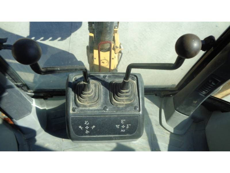 CATERPILLAR CHARGEUSES-PELLETEUSES 416EST equipment  photo 21