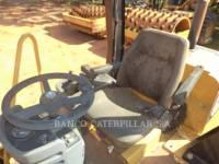 CATERPILLAR COMPACTEUR VIBRANT, MONOCYLINDRE LISSE CS-533E equipment  photo 6