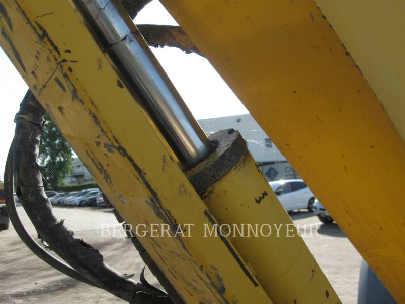 KOMATSU KETTEN-HYDRAULIKBAGGER PC50MR.2 equipment  photo 12