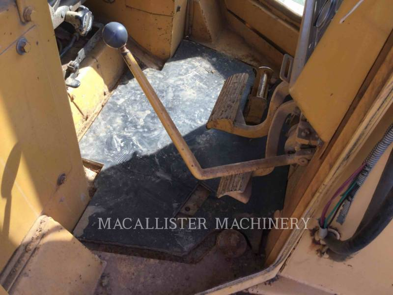CATERPILLAR TRACK TYPE TRACTORS D5HLGP equipment  photo 9