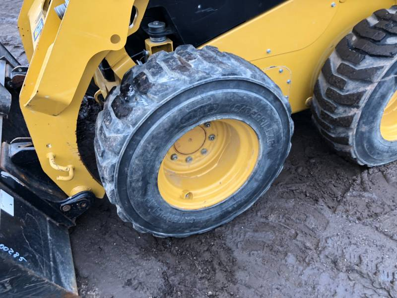 CATERPILLAR ŁADOWARKI ZE STEROWANIEM BURTOWYM 236D equipment  photo 11