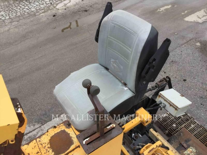 BLAW KNOX / INGERSOLL-RAND ASPHALT PAVERS PF 5510 equipment  photo 17