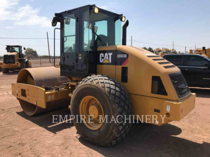 CATERPILLAR COMPATTATORE A SINGOLO TAMBURO VIBRANTE LISCIO CS-533E equipment  photo 2