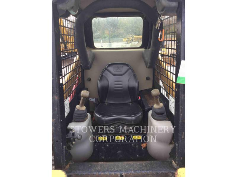CATERPILLAR MULTI TERRAIN LOADERS 247B equipment  photo 12