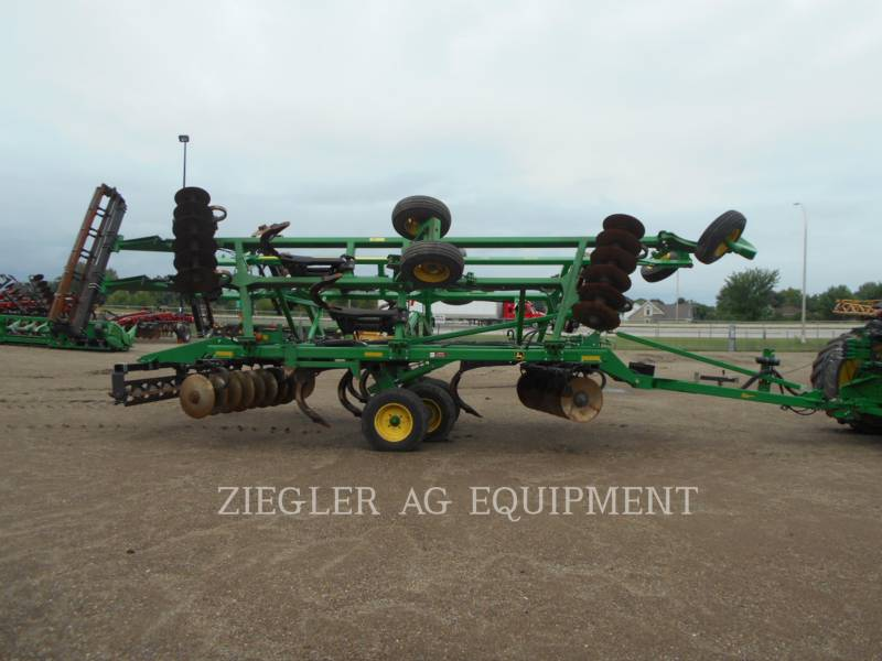 DEERE & CO. AG TILLAGE EQUIPMENT 2720 equipment  photo 2