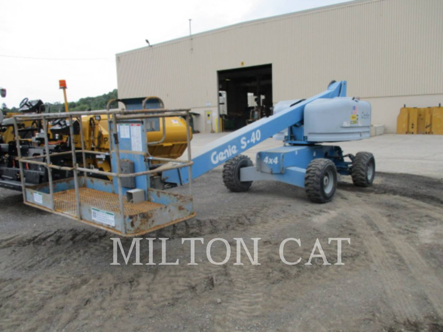 Detail photo of 2002 Genie S-40 from Construction Equipment Guide