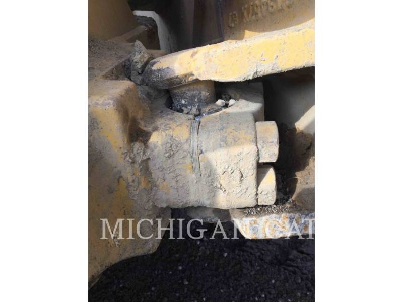 CATERPILLAR TRACTORES DE CADENAS D5CIII equipment  photo 11