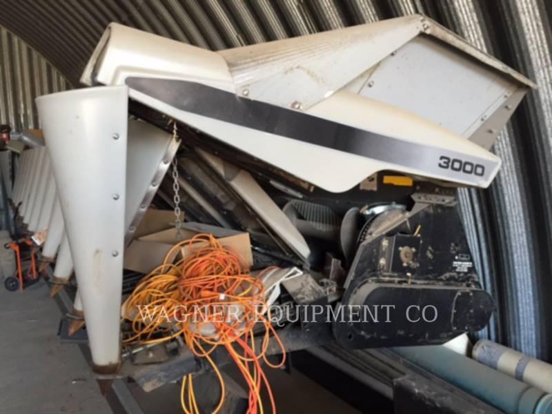 GLEANER COMBINADOS 1230 equipment  photo 1