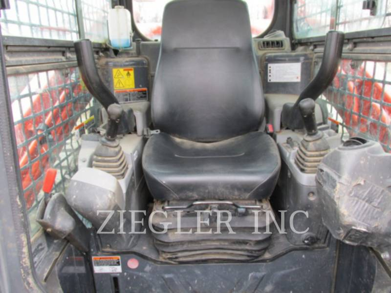 KUBOTA TRACTOR CORPORATION MULTI TERRAIN LOADERS SVL90-2 equipment  photo 5