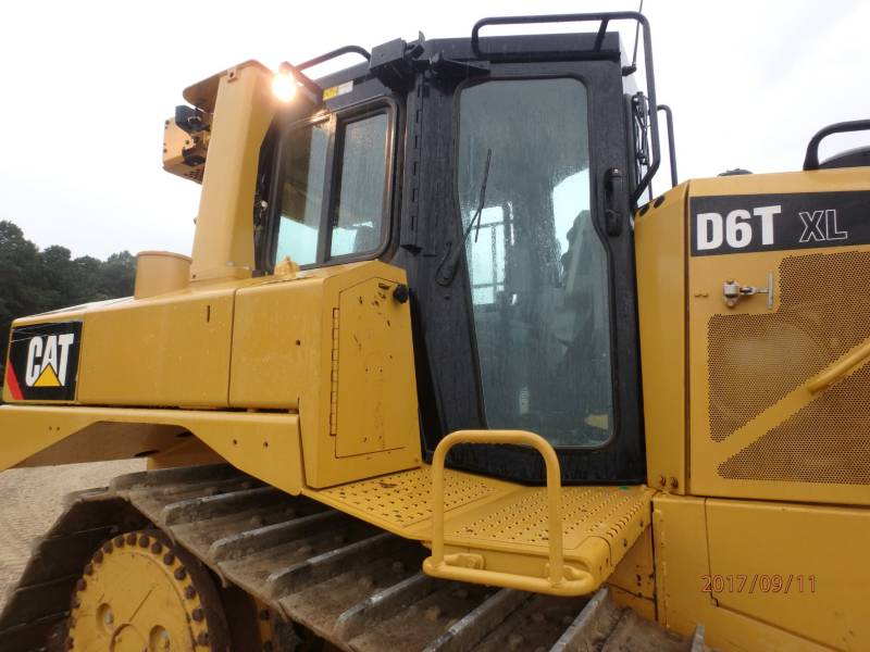 CATERPILLAR ブルドーザ D6T equipment  photo 20