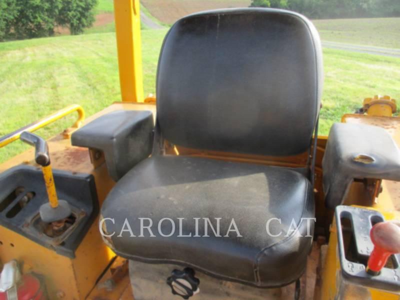 JOHN DEERE TRACK TYPE TRACTORS 550G equipment  photo 20