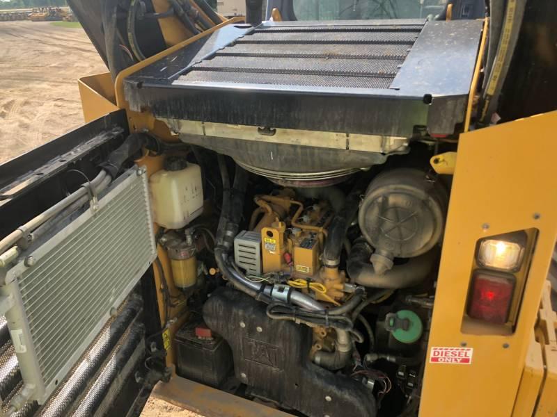 CATERPILLAR SKID STEER LOADERS 262 D equipment  photo 16