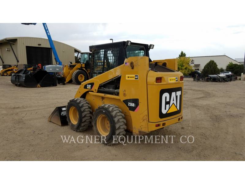 CATERPILLAR SCHRANKLADERS 236B3 equipment  photo 2