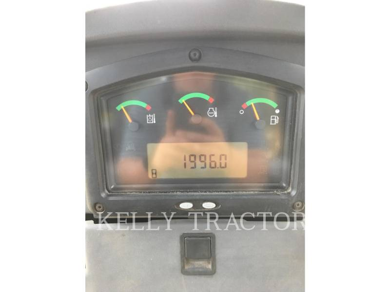 CATERPILLAR KETTENDOZER D3K2LGP equipment  photo 16