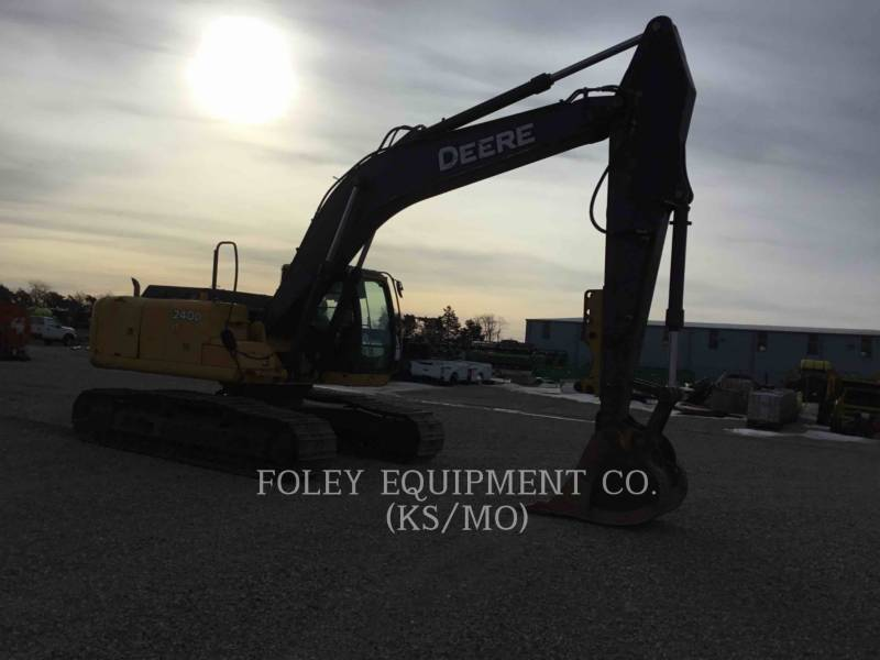 JOHN DEERE TRACK EXCAVATORS 240DLC equipment  photo 4