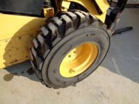 CATERPILLAR CHARGEURS COMPACTS RIGIDES 262D equipment  photo 10