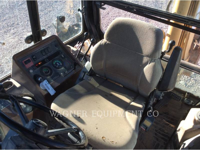 JOHN DEERE CHARGEUSES-PELLETEUSES 410E 4WD equipment  photo 11