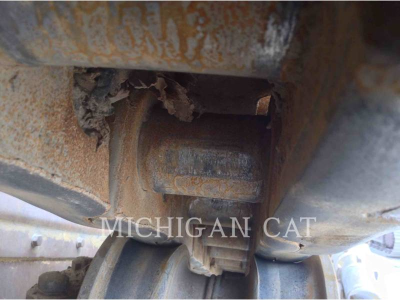CATERPILLAR KETTENDOZER D8T CR equipment  photo 22