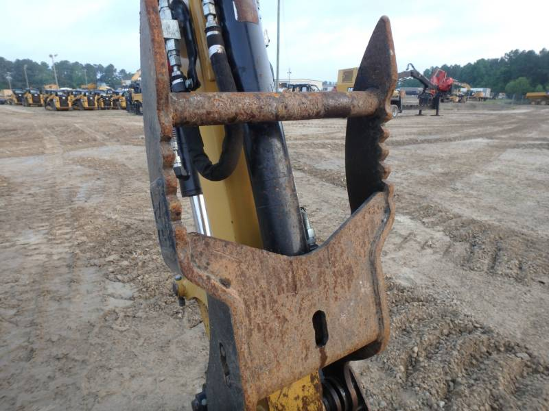 CATERPILLAR TRACK EXCAVATORS 305.5DCR equipment  photo 8