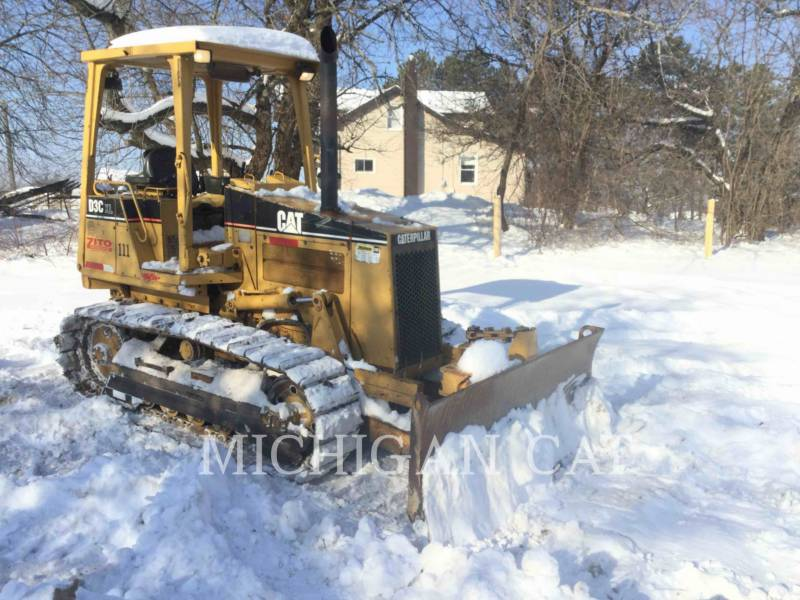 CATERPILLAR KETTENDOZER D3CIIIXL equipment  photo 1