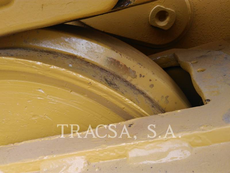 CATERPILLAR TRACTORES DE CADENAS D6T equipment  photo 16