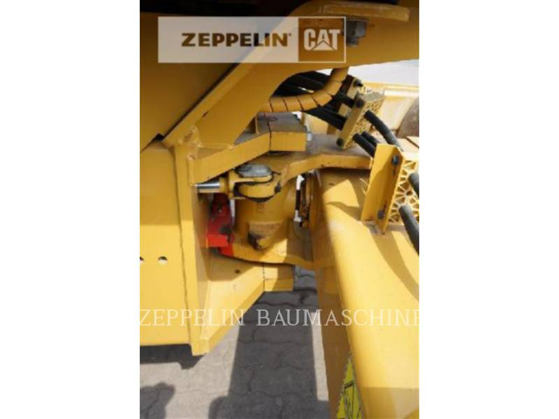 CATERPILLAR VIBRATORY SINGLE DRUM SMOOTH CS44 equipment  photo 13
