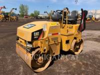 CATERPILLAR VIBRATORY DOUBLE DRUM ASPHALT CB24 equipment  photo 1