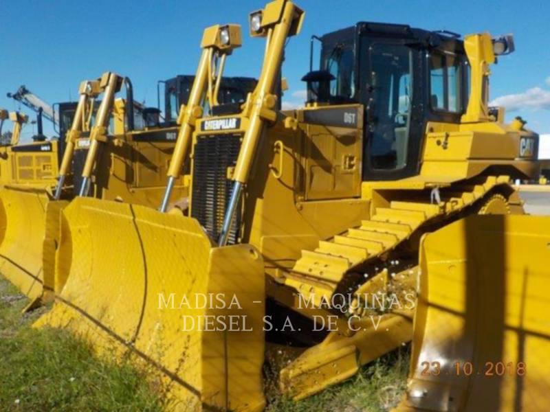 CATERPILLAR TRACTOREN OP RUPSBANDEN D6T equipment  photo 1