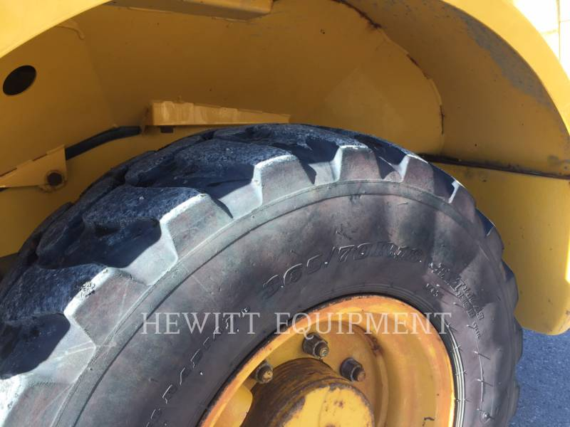 JOHN DEERE WHEEL LOADERS/INTEGRATED TOOLCARRIERS 244J equipment  photo 9