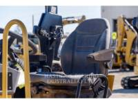 CATERPILLAR VIBRATORY DOUBLE DRUM ASPHALT CB24 equipment  photo 9