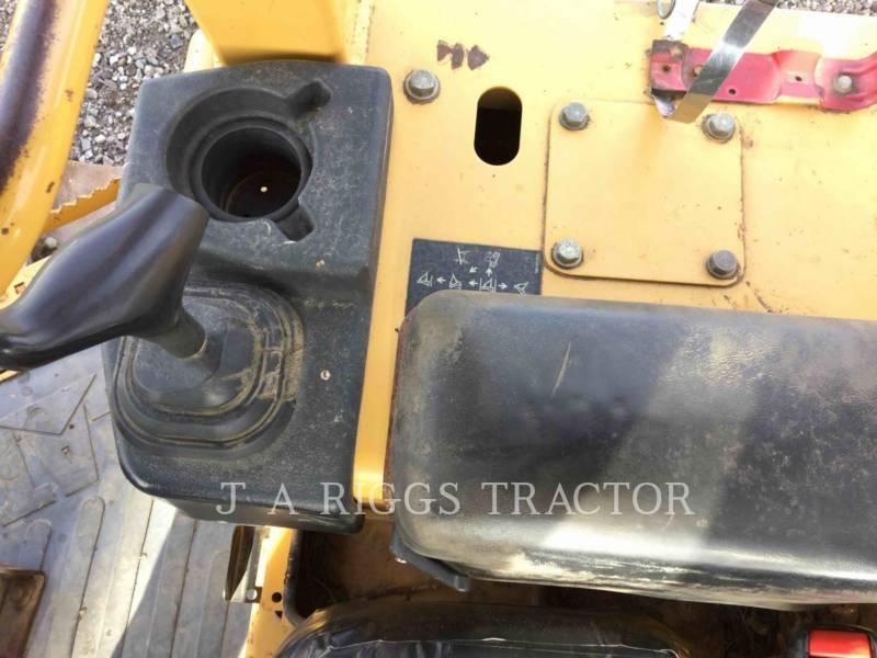 Caterpillar TRACTOARE CU ŞENILE D4GXL equipment  photo 13