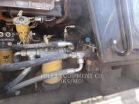 CATERPILLAR CHARGEURS SUR CHAINES 953C equipment  photo 5
