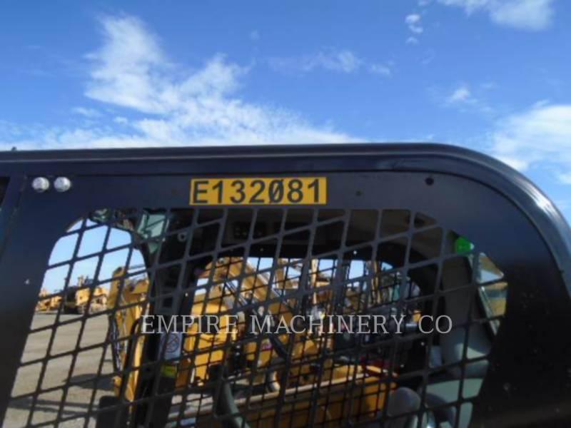 CATERPILLAR MINICARGADORAS 226D equipment  photo 6