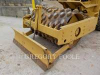 CATERPILLAR COMPACTEUR VIBRANT, MONOCYLINDRE À PIEDS DAMEURS CP-433C equipment  photo 23