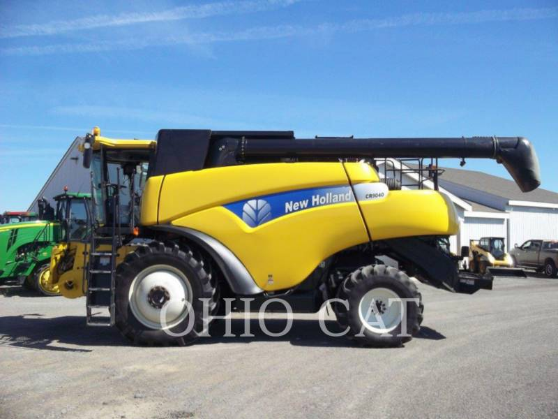 CASE/NEW HOLLAND COMBINES CR9040 equipment  photo 2