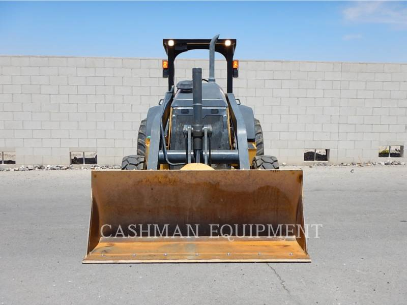 JOHN DEERE CARGADOR INDUSTRIAL 210K equipment  photo 5