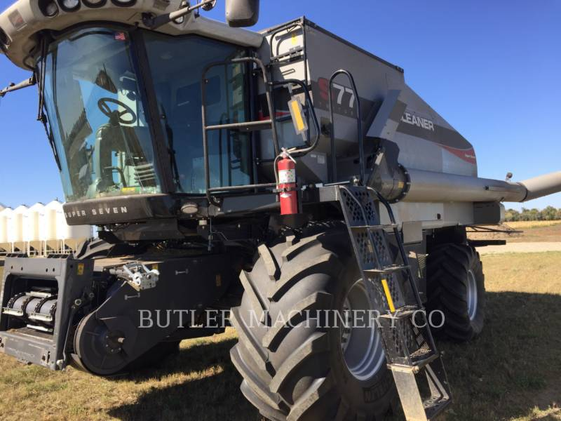 GLEANER COMBINE S77 SUPER equipment  photo 4