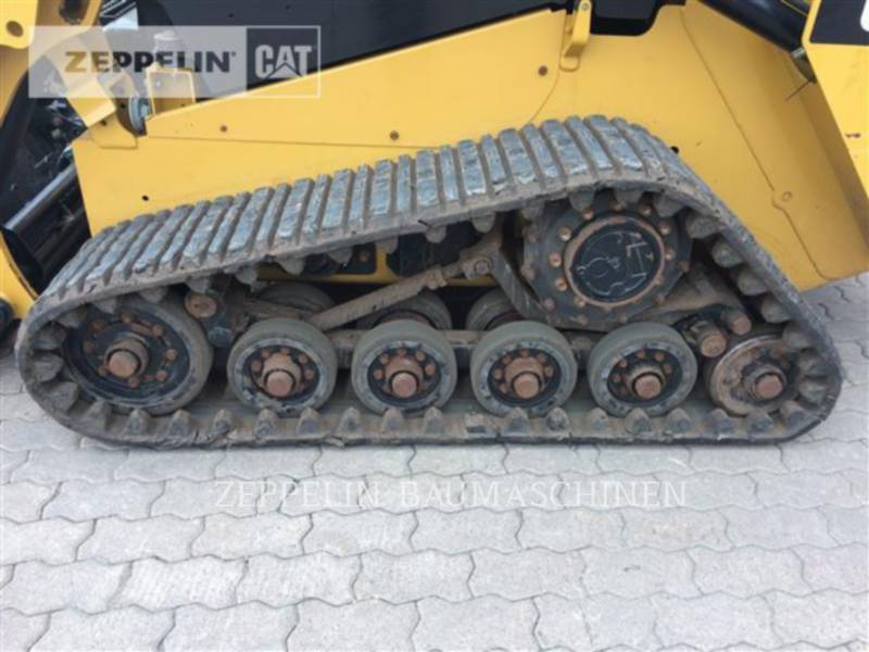 CATERPILLAR CHARGEURS COMPACTS RIGIDES 257D equipment  photo 12