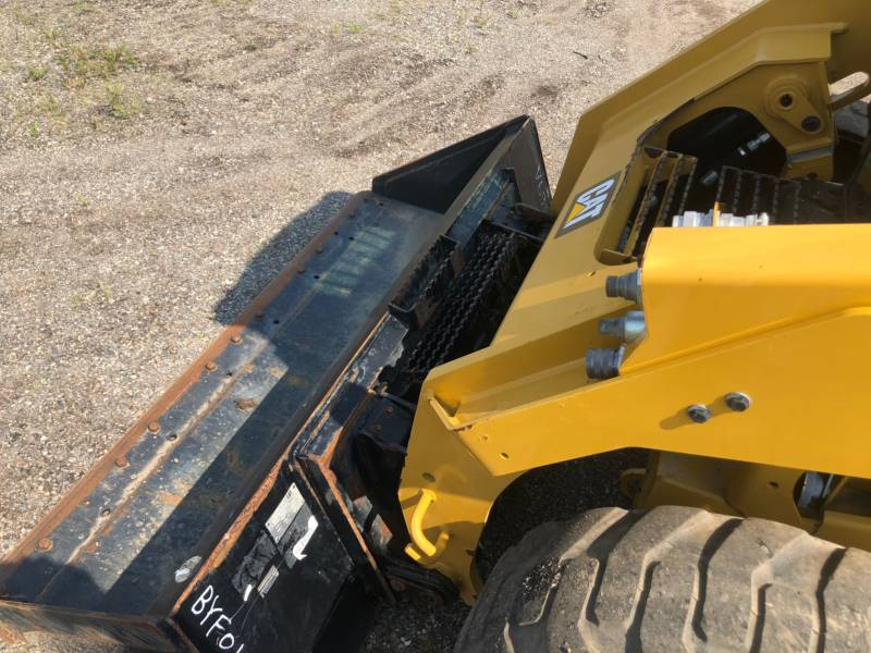 CATERPILLAR PALE COMPATTE SKID STEER 246 D equipment  photo 15