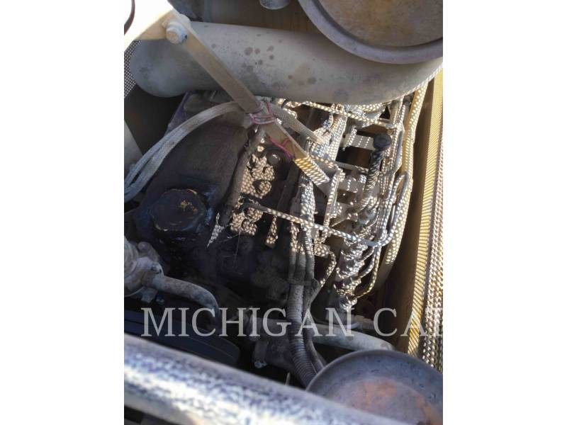 CATERPILLAR TRACTORES DE CADENAS D5CIII equipment  photo 21