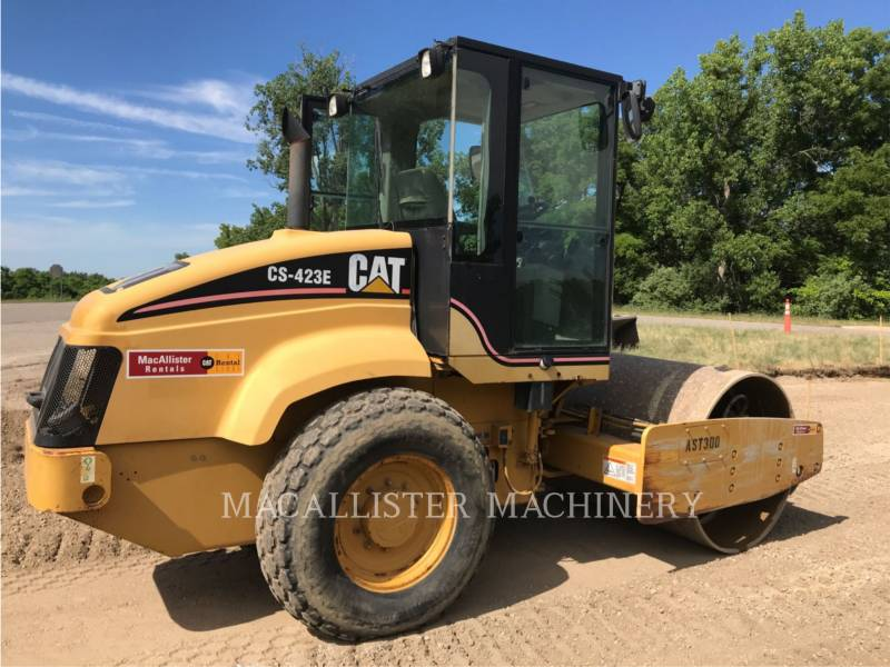 CATERPILLAR COMPACTADORES DE SUELOS CS-423E equipment  photo 2