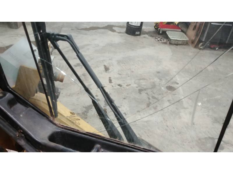 CATERPILLAR MULTI TERRAIN LOADERS 257B3 equipment  photo 21